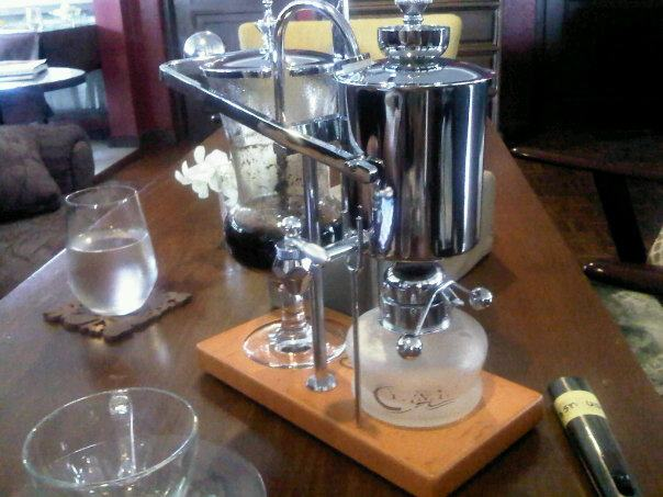 How to Brew with a Siphon Coffee Maker